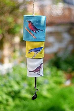 DIY songbird tin can wind chime so as to add a little bit of allure to your backyard. Wind Charm, Decoupage Tins, Tin Can Art, Tin Can Crafts, Simple Crafts, Diy Wind Chimes, Picture Boxes, Funky Junk Interiors, Trash To Treasure