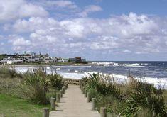 Bajada a playa de La Barra cerca del arroyo Maldoinado.  #LaBarra  #Playa  #Uruguay