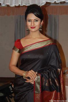 Saree Dress, Sari, Blouse Designs, Beauty, Black, Dresses, Photos, Fashion, Saree