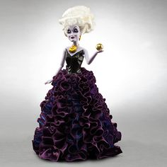 Ursula Disney Villains Designer Collection Doll from the movie The Little Mermaid. Ursula Disney, Walt Disney, Disney Magic, Mermaid Disney, Evil Disney, Disney Theme, Disney Pixar, Collection Disney, Designer Collection