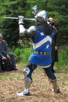 and/or sleeveless, side-laced? Medieval Life, Medieval Knight, Medieval Armor, Medieval Fantasy, Sca Armor, Mens Garb, Types Of Armor, Army List, Live Picture