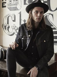 Fashion: James Bay - in pictures