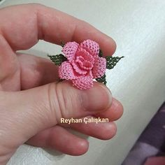 Brazilian Embroidery Stitches, Baby Knitting Patterns, Crochet Flowers, Floral, Jewelry, 3d, Craft Ideas, Lace, Needlepoint