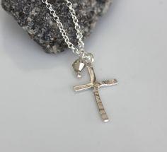 Hopeinen risti, hopearisti, hopeatyöt, hopeakorut, käsintehdyt korut, handmadejewelry, silverjewelry, cross