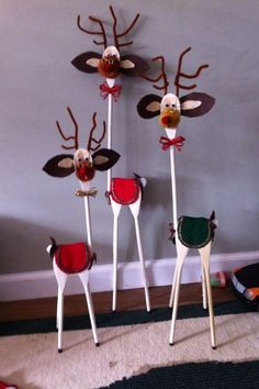 Find More Inspirations About Wood Reindeer Crafts Ideas Wooden Christmas Decorations, Homemade Christmas, Rustic Christmas, Christmas Projects, Kids Christmas, Christmas Porch, Golf Decorations, Wooden Christmas Crafts, Whoville Christmas
