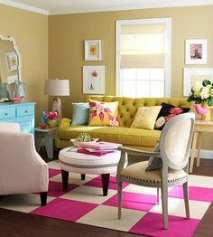 10 tips to make your apartment feel homey. Just love this! Traditional furniture paired with bright colors for a modern twist!