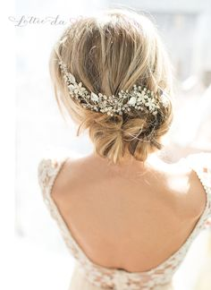 This beautiful wire hair vine, available in warm gold or silver tone, is a lovely finishing touch for the boho chic bride. A mix of clear crystals and varying colors of imitation pearls are set throug (Wedding Hair Pins)