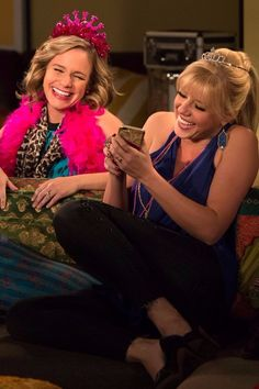 Fuller House's Jodie Sweetin and Andrea Barber Reveal What's in Store For Season 2