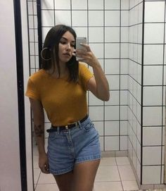 6 Cool Jeans Short Outfits For This Summer - Outfits ta Trendy Outfits, Cool Outfits, Summer Outfits, Fashion Outfits, Summer Shorts, Jean Short Outfits, Womens Fashion, Classy Outfits, Fashion Fashion