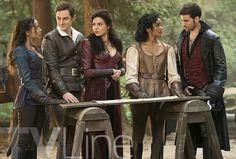 I'm still living for the look Regina is giving Cinderella.