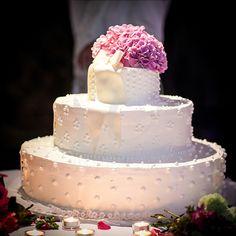 Wedding story on Lake Como for Francesca and Giorgio Lake Como Wedding, Wedding Story, Vanilla Cake, Desserts, Tailgate Desserts, Postres, Deserts, Dessert