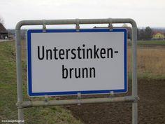 Meine Sammlung der lustigsten Ortsschilder Österreichs: witzige Ortstafeln, die mir auf meinen Fahrten durch Österreich unterkommen. #OrtsschilderLustig #ÖsterreichRoadtrip #WitzigeFotos #Witzige Bilder Funny Photos, Places, Shop Signs, Funny