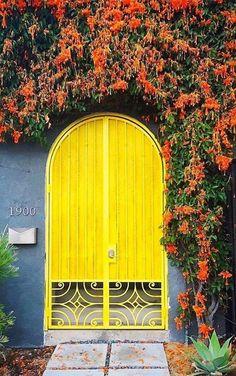 44 ideas for house facade design entrance architecture Grand Entrance, Entrance Doors, Doorway, Cool Doors, Unique Doors, Decoration Facade, Windows And Doors, The Doors, Arched Doors