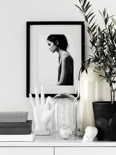 Interior Styling Clean Green for the New Year decoration inspiration Interior Design Minimalist, White Interior Design, Interior Styling, Monochrome Interior, Luxury Interior, Interior Natural, Monochrome Bedroom, Interior Shop, Interior Office