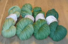 Gradient Green Superwash Merino Yarn Set DK Weight Merino Yarn - Green Double Knit Yarn - 3 Ply Yarn - Green Yarn, Gradient Yarn Kit by SussesSpindehjrne on Etsy