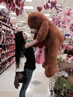 So I need this HUGE teddy bear.