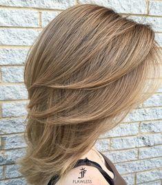 Medium+Layered+Light+Brown+Hairstyle