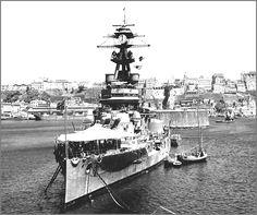 Brazilian battleship Minas Geraes, Bahia, 1942.[1450x1213]