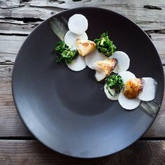 White miso black cod by @feastingathome  Tag your best plating pictures with #armyofchefs to get featured.  ------------------------ #foodart #foodphoto #foodphotography  #foodphotographer #delicious #instafood #instagourmet #white #miso #black #cod - find more inspiration on www.kochfreunde.com