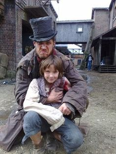 """Tom Hardy & William Miller on set of Oliver Twist, 2007 """" The casting of Oliver himself was crucial to the production's success, as actor Tom Hardy, who plays a suitably brooding yet menacingly sexy. Period Piece Movies, Tom Hardy Children, Splinter Cell, British Things, Oliver Twist, Cinema, Tommy Boy, Classic Literature, English"""