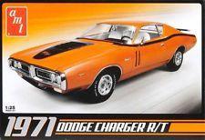 AMT 1/25 '71 Dodge Charger Plastic Model Kit / Factory Sealed Box 678 AMT678