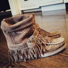 El Vaquero Boots ( instagram picture )