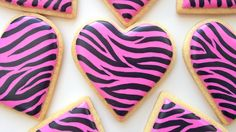 Learn how to make zebra stripes on a cookie with royal icing! Full blog post: https://www.sweetambs.com/?p=5685 COOKIE and ICING RECIPE in my tutorial shop: ...