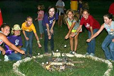 Lantern Creek :: Our summer camp is located in the beautiful Texas Piney Woods, just 55 miles north of Houston, Texas. Camp Lantern Creek is one of the best Texas summer camps for girls aged 7 to 17. Our creative arts summer camp program is the perfect vehicle for fostering self-confidence, self-esteem and leadership.