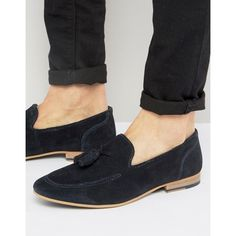 KG By Kurt Geiger Tassel Loafers In Navy Suede (4.900 RUB) ❤ liked on Polyvore featuring men's fashion, men's shoes, men's loafers, blue, suede tassel loafers mens shoes, mens suede slip on shoes, mens slip on shoes, mens navy shoes and mens navy slip on shoes