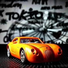 #hotwheels#hotwheelscollection#hotwheelscollectors#hotwheelspics#matchbox#matchboxcollector#matchboxcollection#mattel#diecast#diecastcollection#diecastcar#diecastphotography#diecastcollector#classic#fast#black#orange#fosfor#sport#monster#hw#mattel#siku      by hotwheels_mojo