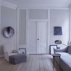 Déco minimaliste, scandinave, épurée. Wabi-Sabi philosophie -Oliver Gustav- appartement gris scandinave