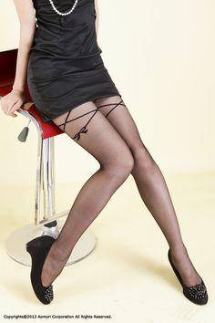 frifla Garter ribbon stocking  ガーターリボン柄ストッキング
