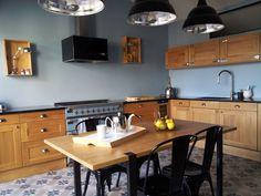Une cuisine indus, tout de bois et gris
