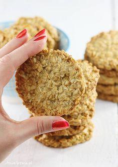 Proste ciastka owsiane, 1 Baby Food Recipes, Sweet Recipes, Cake Recipes, Cooking Recipes, Tasty, Yummy Food, Sugar Free Desserts, Food Cakes, Clean Eating Snacks
