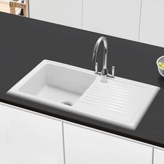 Buy the Butler & Rose 1000 Gourmet Bowl White Ceramic Kitchen Sink with Reversible Drainer & Waste Kit from Tap Warehouse and receive huge savings off the RRP White Ceramic Kitchen Sink, Small Kitchen Sink, Kitchen Sink Taps, Ceramic Sink, Kitchen Living, Shower Fittings, Fire Clay, Elegant Kitchens, White Sink