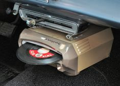 The RCA in car record player. It would play 14 in a row without the driver needing to fiddle with it or change records Vintage Records, Vintage Cars, Retro Vintage, Radios, Record Players, Philips, Ford Gt, Retro Futurism, Car Audio