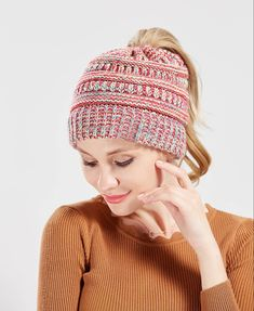 Hot Selling 2018 Ins Kitted Hat Caps Women Ponytail Beanie Tail Lady Holey Hats  Winter Warm Mix Color Fashion Cool Sport Active Casual Beanie Hoodies From  ... 8fbf230e1ed6
