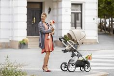 Beautiful Stokke Crusi stroller – stunning design, a two-way facing seat & XL shopping basket too