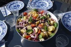 Potetsalat fra Middelhavet Kung Pao Chicken, Fruit Salad, Potato Salad, Food And Drink, Potatoes, Ethnic Recipes, Fruit Salads, Potato