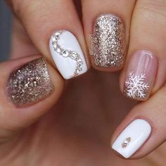 mismatched pink rose gold and white winter nail art designs gold Nails Winter Nail Designs, Christmas Nail Designs, Winter Nail Art, Colorful Nail Designs, Nail Art Designs, Autumn Nails, Winter Nails Colors 2019, Nail Ideas For Winter, Winter Colors