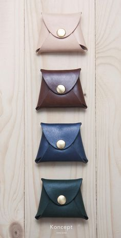 Leather Coin Purse / Coin Pouch / Minimalistic / by KonceptLeather