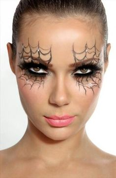 16 Last-Minute Halloween Costumes That Only Require Makeup ...