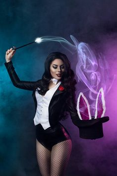 Calvin's Canadian Cave of Coolness: Cosplay By Kyoto-Sensei Zatanna Cosplay, Dc Cosplay, Cosplay Girls, Cosplay Costumes, Halloween Costumes, Cosplay Outfits, Magician Costume, Black And White Costume, Fantasias Halloween