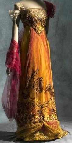 Evening Dress, Callot Soeurs, silk satin, metallic tulle and silk tul… - Historical Fashion Vintage Outfits, Vintage Gowns, Mode Vintage, Vintage Hats, Historical Costume, Historical Clothing, Historical Dress, Beautiful Gowns, Beautiful Outfits