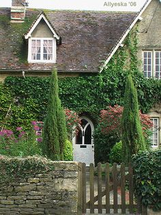 Cotswolds cottage, photo by Allyeska