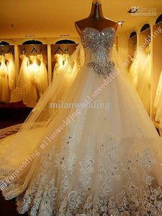 real picture 2013 Luxury Bridal Dress Tulle Applique Sweetheart Bling Exquisite cathedral train wedding dresses