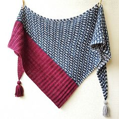 Ravelry: Moonlit Path pattern by Lisa Hannes Hand Knitting Yarn, Hand Knitted Sweaters, Shawl Patterns, Knitting Patterns Free, Knitting Ideas, Stitch Patterns, Thread Crochet, Crochet Yarn, Lisa