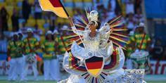 شکیرا و انجام مراسم اختتامیه جام جهانی 2014 در برزیل | مدرن بیندیش...!