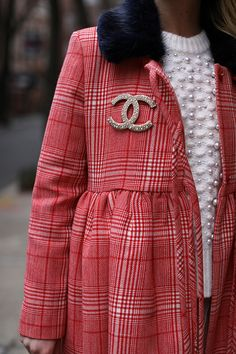 A Chanel pin and all of the pearls // Fashion details on Atlantic-Pacific