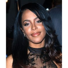 In the memory of Aaliyah Dana Haughton ❤ liked on Polyvore featuring aaliyah, people, black, pics and pictures